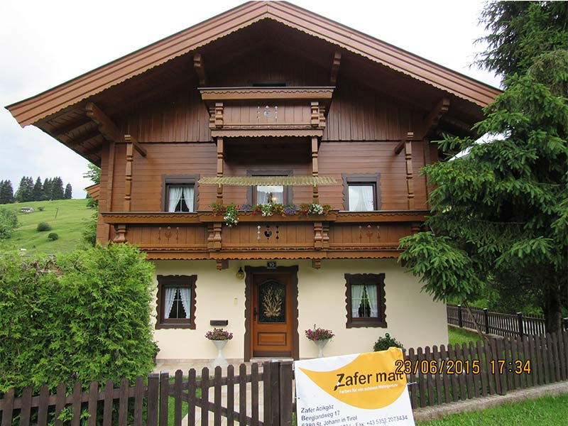 fassade streochen zafer malt st johann in tirol. Black Bedroom Furniture Sets. Home Design Ideas